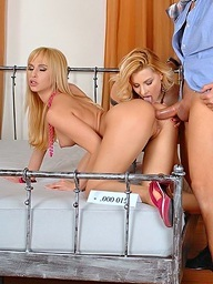 Two super hawt babes getting drilled..
