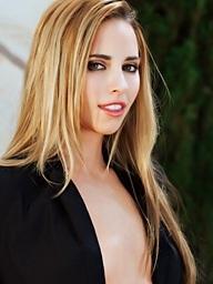 Lindsey Meadows