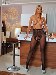 Klarisa Leone on 21Sextury.Com - Cuddle a difficulty cook!
