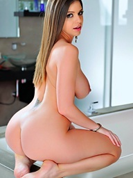 Brooklyn Hunting - Twistys cosset for January 20, 2014