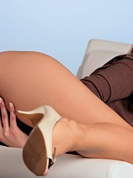 Foxes.com: Simi - Large Natural Breasts Of Horny Secretary