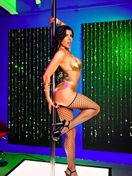 Romi acquires nasty on the stripper pole